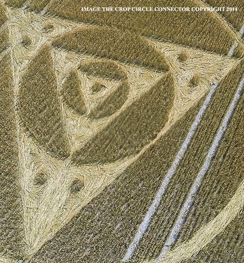 Crop Circle at Etchilhampton Hill (1), Nr Etchilhampton, Wiltshire ...