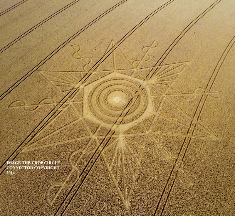CROP CIRCLE UPDATE : CHANGES OF LUNAR DECLINATION (3 SUPERMOONS) G0015458bbb
