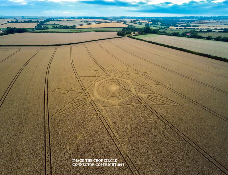 CROP CIRCLE UPDATE : CHANGES OF LUNAR DECLINATION (3 SUPERMOONS) G0015470bbb